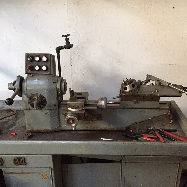 Oops..... I got another lathe. Decadent yes, but look how cute it is! I hope to set it up for detail work, bushings and the like. The real challenge will be resisting the urge to repaint and restore it.